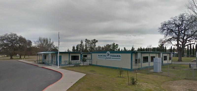 Általános iskolánál lövöldöztek Kaliforniában – öt halott