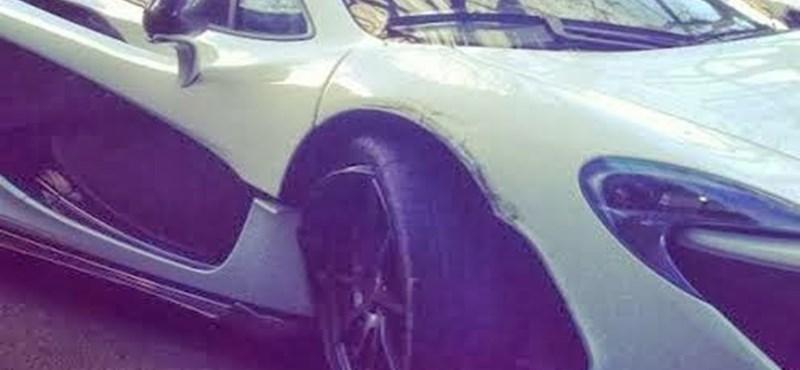 Megtörtént a P1-es McLaren első közúti incidense - fotó