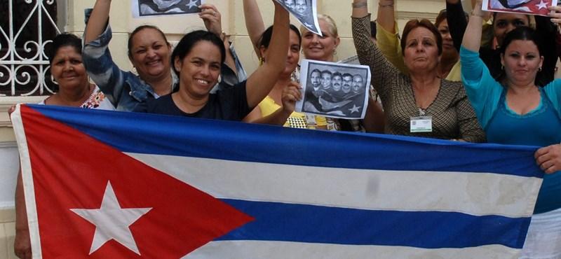 Álhírek miatt özönlenek még mindig a kubaiak az Egyesült Államokba