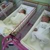 Nagyot esett a születések száma