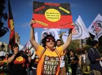 Százezrek tüntettek a klímavédelemért Ausztráliában