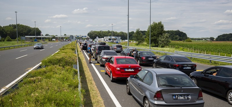 Baleset történt az M7-esen, torlódik a forgalom a Balaton felé