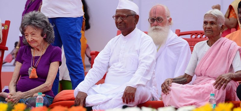99 éves korában elhunyt India egyik legismertebb jógaoktatója