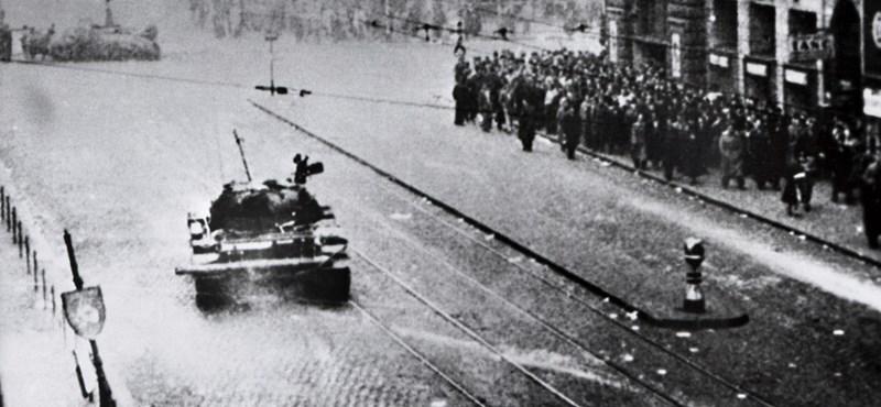 Sosem látott fotók kerültek elő 1956-ról