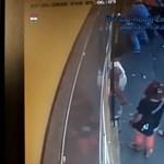 A nyílt utcán próbálta megkéselni élettársát egy miskolci férfi – videó