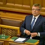 """""""Leépítenek"""" az MNB-alapítványoknál, Vajda Zita is elveszíti egyik állását"""