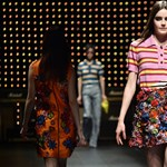 Fotó: Így divat most a pólóing