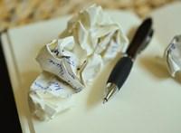 Csodatévő jegyzetfüzet segít a lelki válságon Clare Pooley regényében