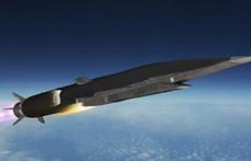 Kórusban dicsérik Putyin hiperszonikus Cirkon rakétáját, de csak az orosz állami médiában