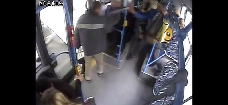 Érdekes indokkal védekezik a 7-es buszon gázspray-ző férfi