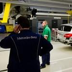 A Magna Kft. gyárt kárpitot a kecskeméti Mercedesekbe