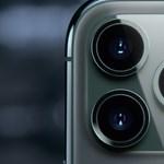 25,3 milliós jutalmat kapott a hacker, aki át tudta venni az irányítást az iPhone-ok kamerája fölött