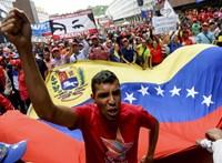 Orosz katonák landoltak Venezuelában