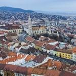 Razzia a Várban: busás haszonnal turistáknak adtak ki önkormányzati bérlakásokat