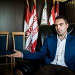 Vona Gábor bejelentette új alelnök-jelöltjeit – ennyit a néppártosodásról