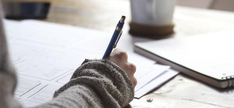 Becsapós nyelvtani kvíz: tudjátok, hogyan kell helyesen írni ezeket a szavakat?