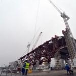 Baleset Csernobilban, evakuálják a munkásokat