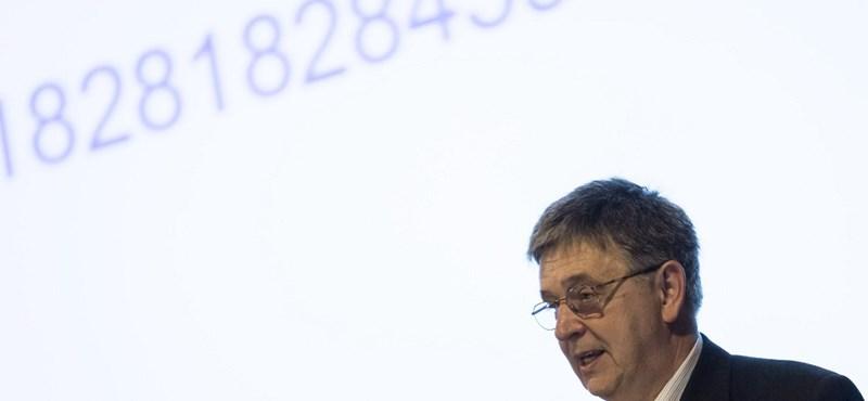 Az MTA új elnöke szerint csökkenteni kellene az egyetemek számát