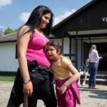 Visszaérkeztek a roma nők és gyerekek Gyöngyöspatára
