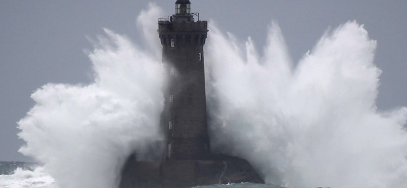 Hatalmas vihar csapott le Franciaországra