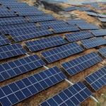 Tíz év alatt majdnem 90 százalékkal csökkent a napenergia ára