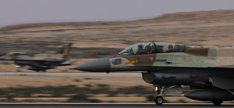 Az oroszok szerint utasszállító mögé bújva bombázott az izraeli légierő