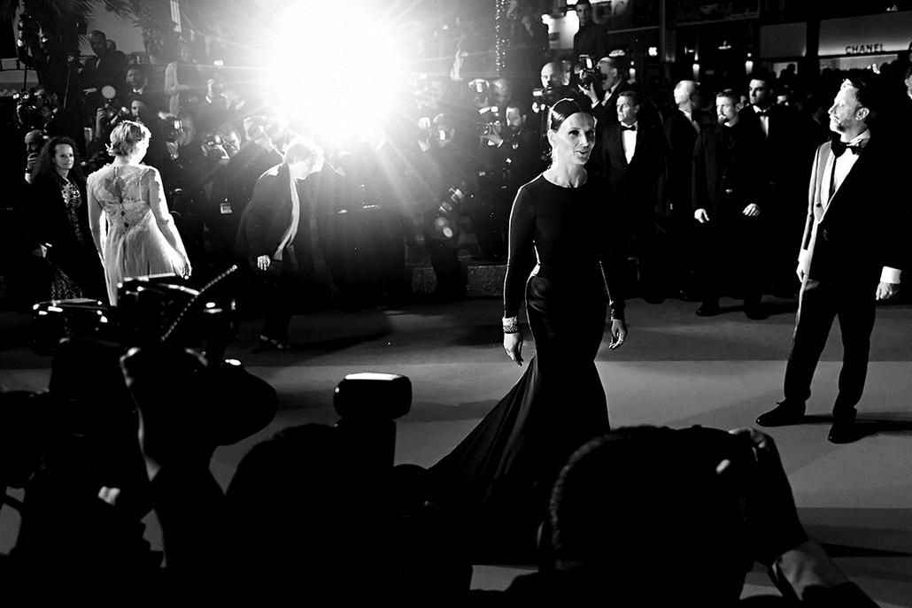 afp.16.05.21. - French actress Juliette Binoche - Cannes-i Filmfesztivál feketén-fehéren, Nagyítás