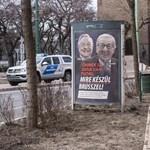A Fidesz Berlinben azt ígérte, hogy nemsokára leszedik a Juncker-plakátokat