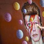 """""""Apa, nem hívod fel azt a bácsit?"""" – David Bowie halálára"""