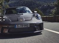 Itt a legújabb Porsche, ami egy igazi báránybőrbe bújt farkas