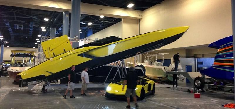 Itt a Lamborghini Aventador vízi megfelelője - fotók