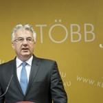 Semjén Zsolt terjesztette fel kitüntetésre Bayer Zsoltot