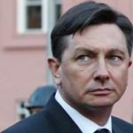 Végiggyalogolja az országot a szlovén államfő
