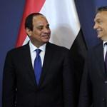 """""""Ne adjunk leckéket demokráciából"""" - Orbán várta az egyiptomi elnököt"""