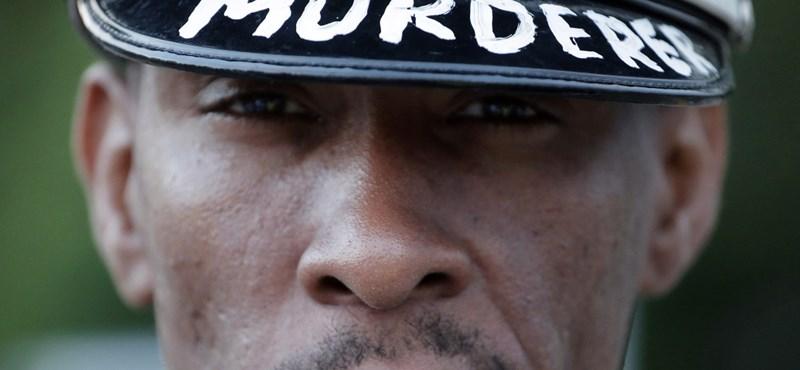 Nem emeltek vádat a fekete fiatalt lelövő fehér rendőr ellen, tüntetnek Fergusonban