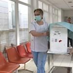 140 millió forintot kap a Debreceni Egyetem az oltóanyaggyár koncepciójára
