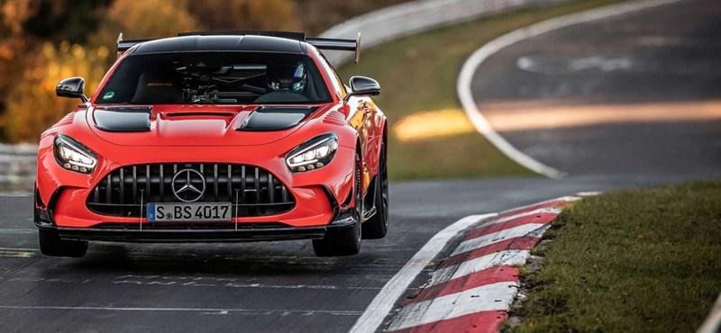 Mostantól egy Mercedes a leggyorsabb sorozatgyártású autó a Nordschleifén
