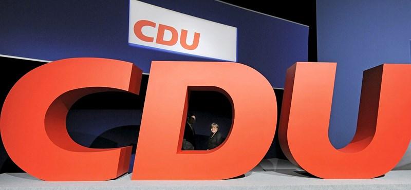 """""""Politikai csőd"""", """"súlyos kudarc"""" - Merkel pártját nem sikerült átverni"""