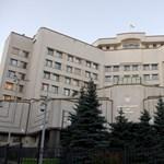 Az ukrán alkotmánybíróság kimondta a kisebbségi nyelvek végítéletét