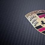 1672 lóerős és 4,3 milliárd forintot ér ez a Porsche, mégsincs egyetlen kereke sem