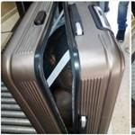 Újabb bőröndös embercsempészet, ezúttal Ceután – fotó