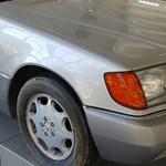 A Mercedesnek már 1995-ben volt önvezető bálna S-osztálya – megnéztük