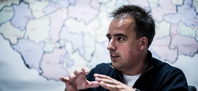 """Török Gábor: """"bűzlik, rothad a rendszer"""", """"droidpolitikusaink lettek"""""""