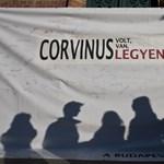 Meghátrált a Corvinus vezetősége: lefújták az éjszakai hallgatói vitát