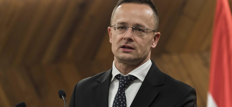 Egyszer csak tucatnyi diplomata állított be a magyar külügyhöz