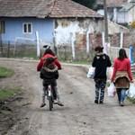 A sebek nem gyógyulnak, de a gyöngyöspatai romák már a migránsoktól félnek