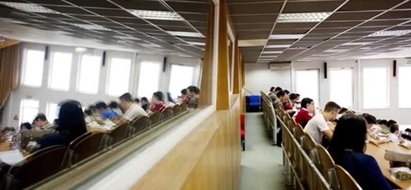 Az uniós helyreállítási alap negyedét az egyetemekre költené a kormány