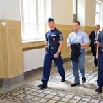 Korrupciós botrány: előzetesbe került a kedden előállított két rendőr