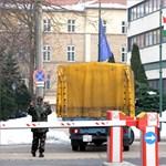 Körülzárták a Zrínyi Miklós Nemzetvédelmi Egyetemet a katonai ügyészség nyomozói