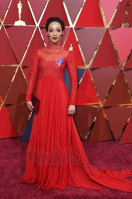 afp.17.02.27. - Hollywood, USA: 89. Oscar-díj - érkezés - Ruth Negga - Oscar-díj 2017